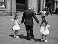 Angels sitter - by Mario Mancuso (man with two little girls in Piazza Plebiscito, Naples).jpg