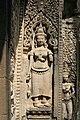 Angkor-Thommanon-28-Devata-2007-gje.jpg