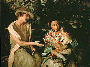 Madama Butterfly - Anna May Wong holding the child in the 1922 film The Toll of the Sea