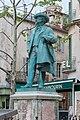 Arles Place du Forum Monument à Frédéric Mistral.jpg