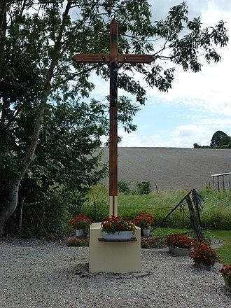 Arnicourt - Image: Arnicourt (Ardennes) croix