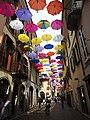 Arona, NO - Via Cavour - Regenschirme 05.jpg