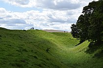 Avebury henge.jpg