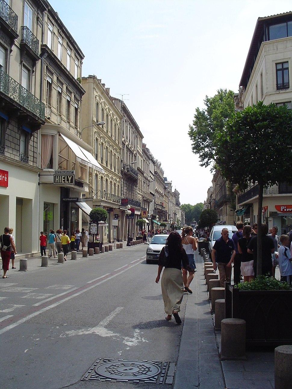Avignon shops