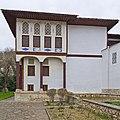 Bakhchysarai 04-14 img13 Palace yard.jpg