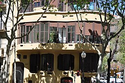 Barcelona (332 Diagonal Avenue). Planells House (Casa Planells). 1923-1924. Josep Maria Jujol, architect (27015606546).jpg