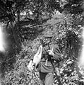 Beškovnik (mlajši), Skomarje, z oplenjenim srnjakom 1963.jpg