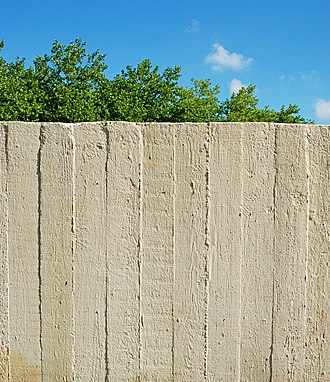 Béton brut - Closeup of board form concrete