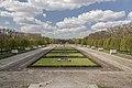 Berlin - Sowjetisches Ehrenmal im Treptower Park.jpg