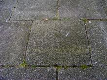 Extrem Gehwegplatte – Wikipedia UN66