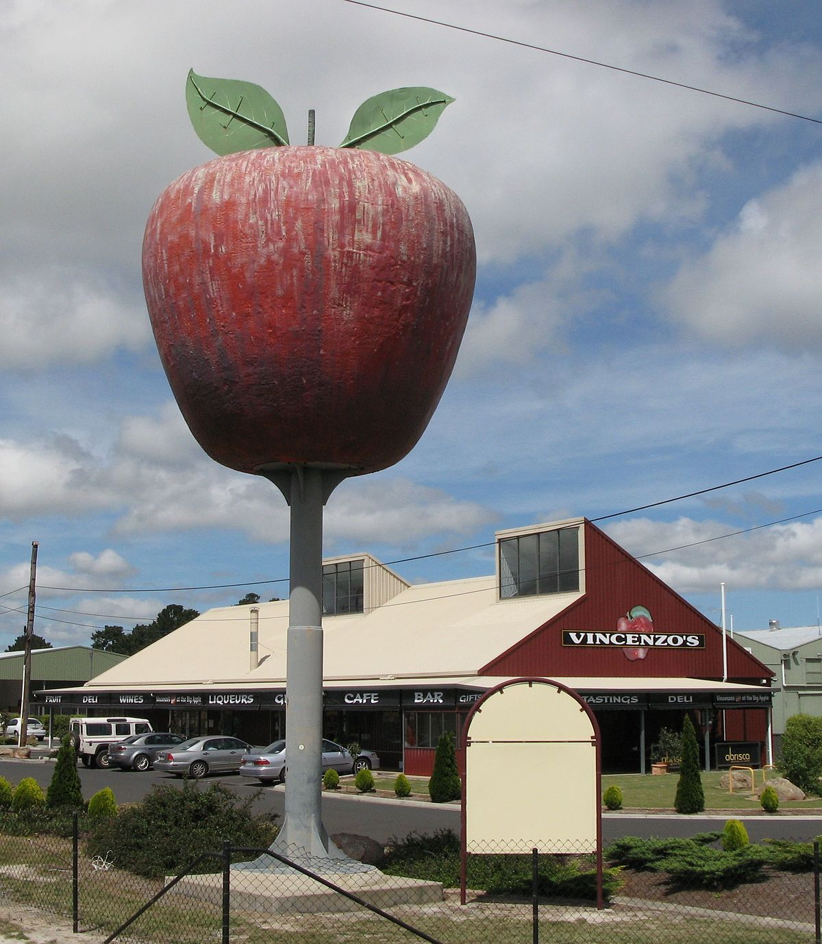 big apple New york state is america's top apple grower, after the state of washington, but new york city's nickname has nothing to do with fruit produ.