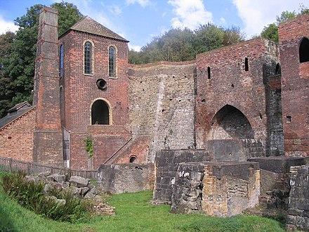 Blowing engine house and blast furnaces at Blists Hill Blast furnaces at Blists Hill - geograph.org.uk - 571055.jpg