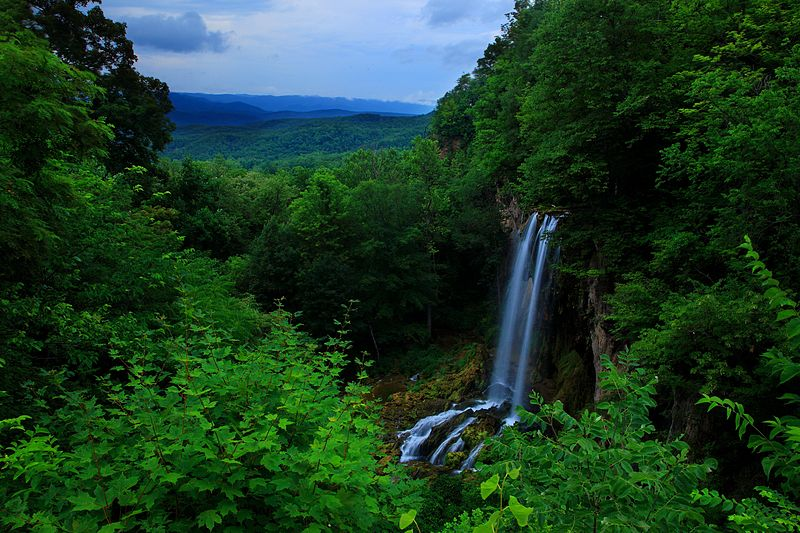 File:Blue-ridge-mountain-waterfalls3 - Virginia - ForestWander.jpg