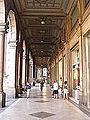 Bologna arkady Via Rizzoli.jpg