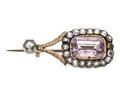 Bröstnål av guld med ametist och bergkristaller - Hallwylska museet - 110258.tif