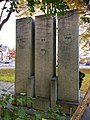 Brynjulv Bergslien Nils Bergslien Knut Bergslien Monument 1928 Bergsliplassen Voss Norway 2016-10-25 back 04.jpg