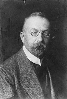 Konrad Haenisch German politician