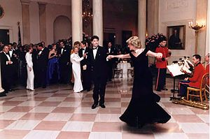 Travolta dress - The Princess of Wales dancing with John Travolta at the White House