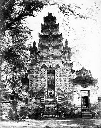 1976 Bali earthquake - A Hindu temple in Buleleng before 1930.