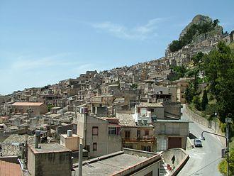 Caltabellotta - Image: Caltabellotta Stadt