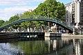 Canal Saint-Martin Passerelle Alibert et pont tournant de la rue Dieu 001.JPG