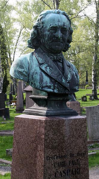 Carl Paul Caspari - Carl Paul Caspari bust at Vår Frelsers gravlund, Oslo