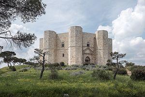 Tale of Tales (2015 film) - Castel del Monte: segment of The Flea
