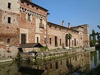 Castello di Padernello.jpg
