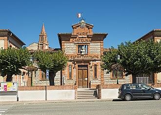 Castelnau-d'Estrétefonds - Image: Castelnau d'Estrétefonds Mairie