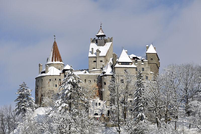 File:Castelul-bran-iarna.jpg