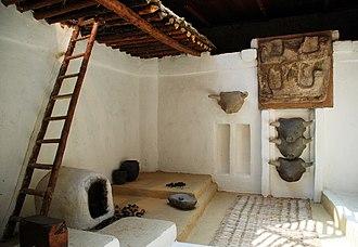 Çatalhöyük - On-site restoration of a typical interior