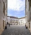 Cetatea Făgărașului intrarea in curte.jpg