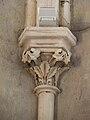 Château-l'Evêque église chapiteau choeur (1).JPG
