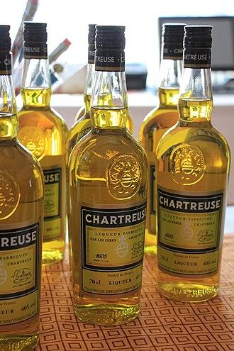 Liqueur - Image: Chartreuse Liqueur 7586