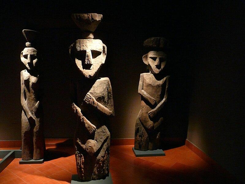 File:Chemamull chile precolumblian museum.JPG