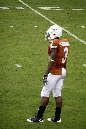 Chris Ogbonnaya - Ogbonnaya playing for Texas
