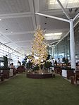 Christmas tree at Brisbane International Terminal in December 2015, 01.jpeg
