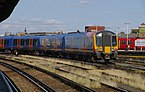 Clapham Junction railway station MMB 02 450086 455XXX.jpg