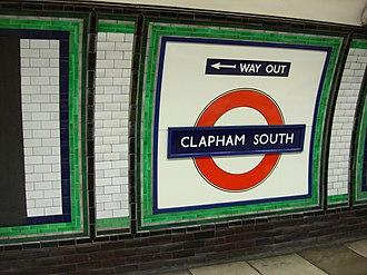 Clapham South tube station - Image: Clapham South tube roundel