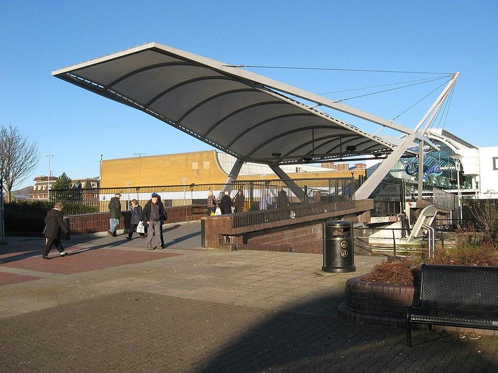Clyde Shopping Centre bridge