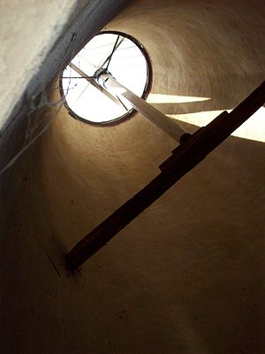 Cowl (oast) - The inside of a kiln, looking up to the cowl