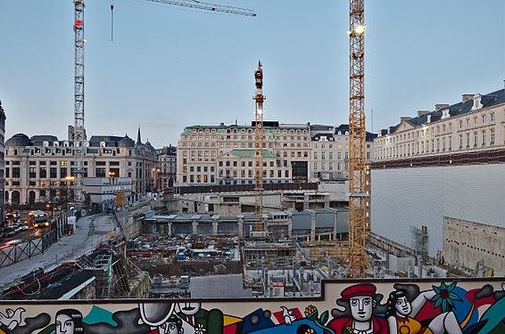 Construction site of the BNP Paribas Fortis headquarter in Montagne du Parc, Brussels, Belgium (DSCF4137).jpg