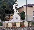 Cornovecchio - Monumento ai Caduti.jpg
