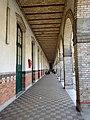 Couloir lycée Molière, Paris 16e 2.jpg