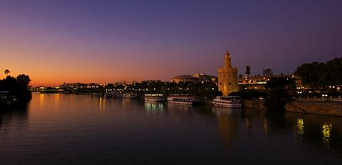 Where to go out in Seville at night