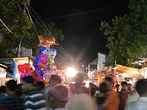 Konnagar - The Crowds that Visit Konnagar During Shakuntala Kali Puja