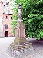 Czerwińsk nad Wisłą - Kościół Zwiastowania NMP - figura Maryi.jpg