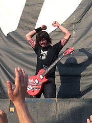 Grohl at the Roskilde Festival in 2005