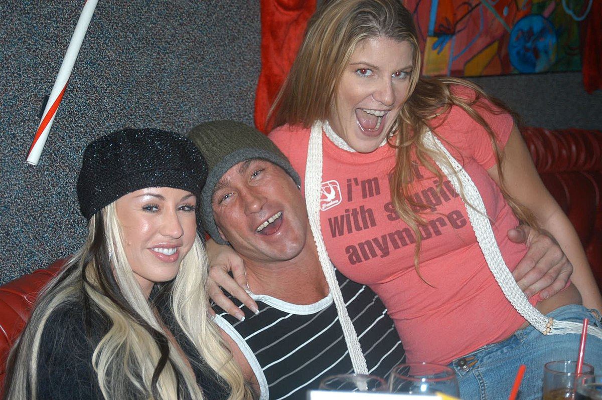 File:Davia Ardell, Billy Glide, Robbye Bentley at Porn
