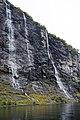 De syv søstrene (Seven Sisters) fall Geiranjer fjord 10 2018 2901.jpg